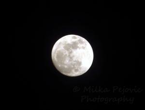 October: full moon for Halloween