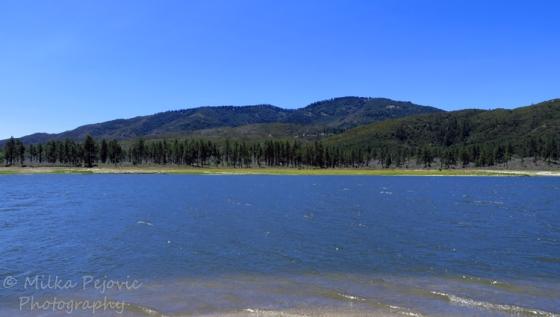 Travel theme: Simplicity of Lake Hemet, Southern California