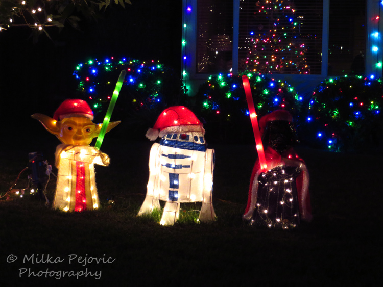 Christmas lights : Star Wars display - may the force be with you this Christmas