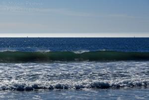 Ocean wave about to break
