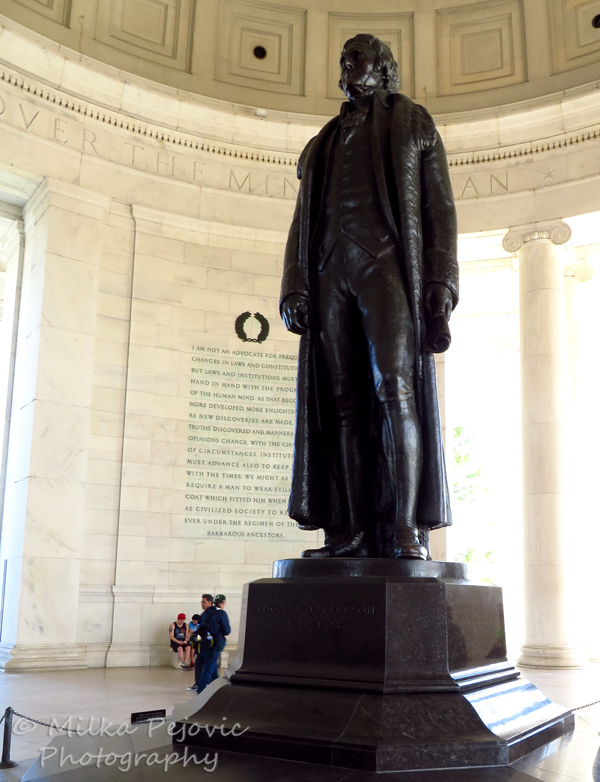 Wordpress Weekly Photo Challenge: A work of art - Thomas Jefferson's statue at the Jefferson Memorial